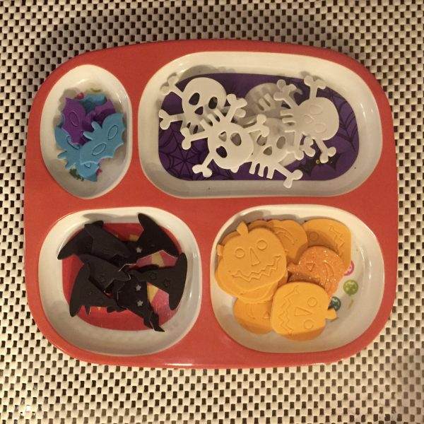 Halloween stickers in divided plate